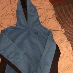 Two toned under armour hoodie